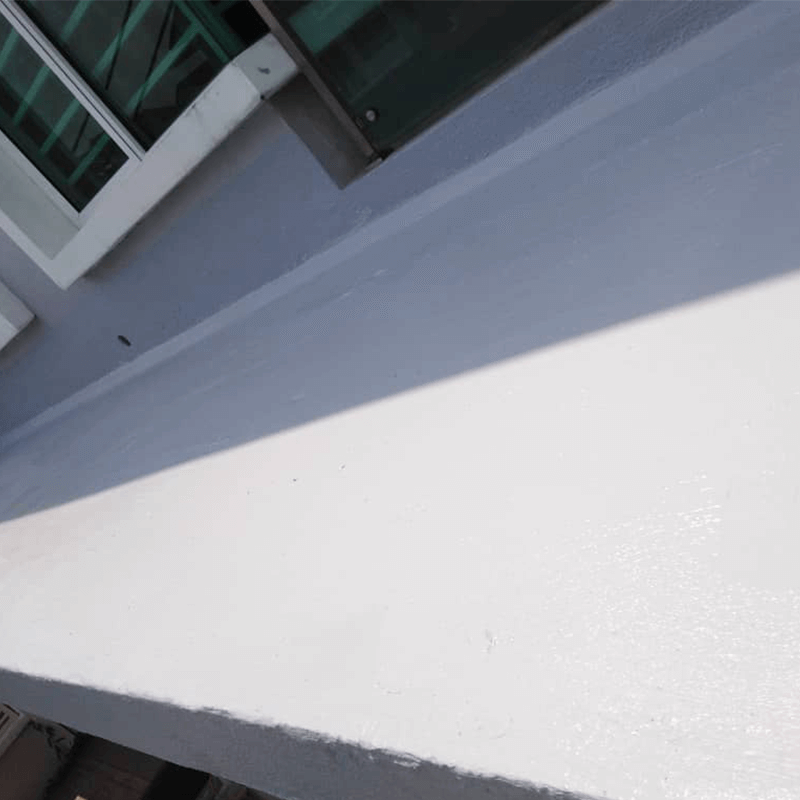 The concrete flat roof coated with Nano-G's Nanotechnology Waterproofing solution effectively repels water and prevents mould growth and water seepage from occurring again.